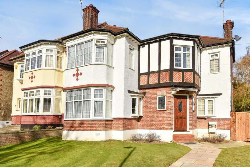 4 Bedrooms House for sale in Ravensdale Avenue, North Finchley, N12