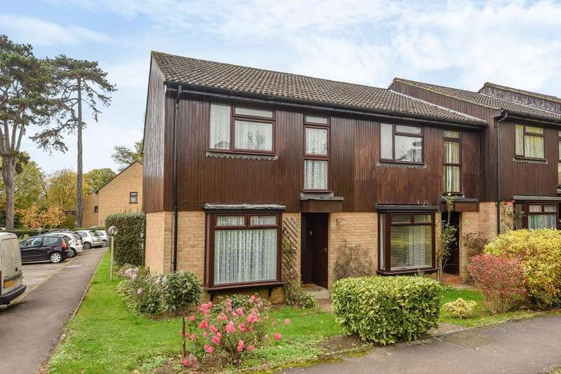 3 Bedrooms House for sale in St Johns, Woking, GU21