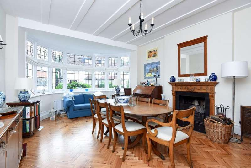 4 Bedrooms House for sale in West Heath Drive, Golders Green, NW11