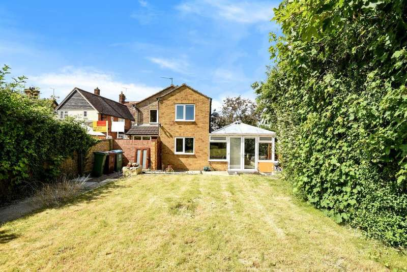 3 Bedrooms House for sale in Waddesdon, Aylesbury, HP18