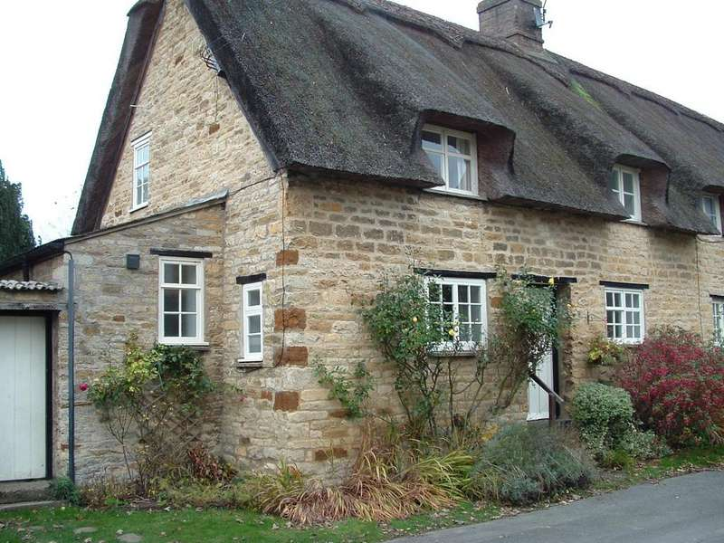 2 Bedrooms House for rent in Pudding Bag Lane, Exton, Oakham, Rutland