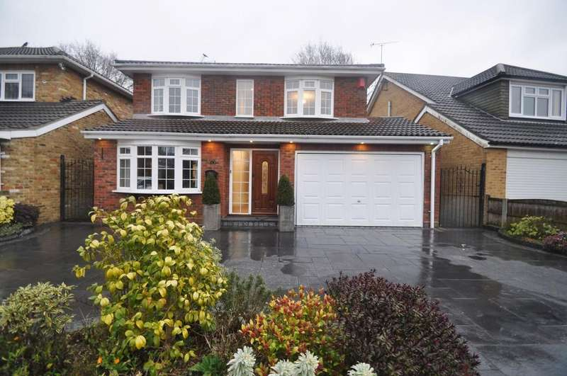 4 Bedrooms Detached House for sale in Thundersley, Essex