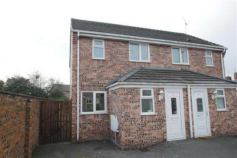 2 Bedrooms Semi Detached House for sale in Padeswood Court, Buckley