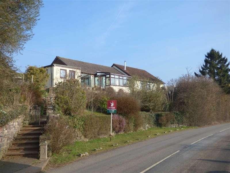4 Bedrooms Bungalow for sale in Bampton, Tiverton, Devon, EX16
