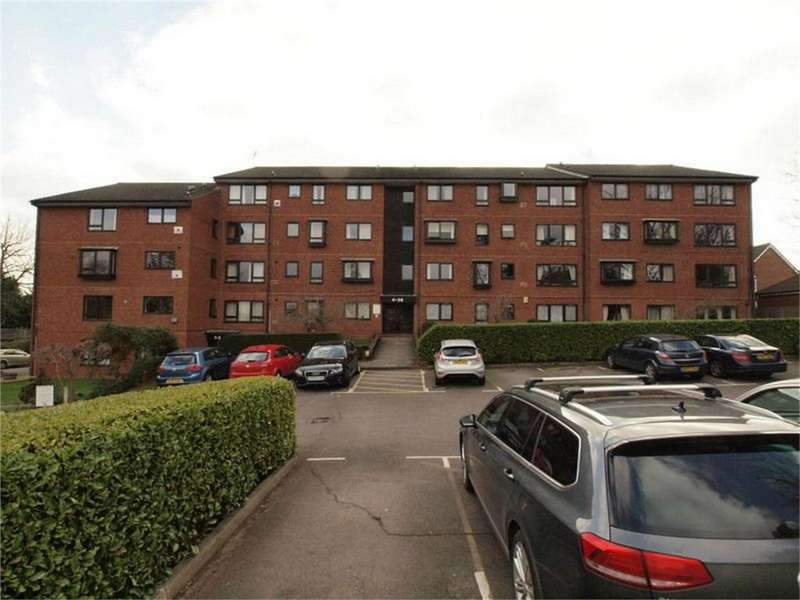 1 Bedroom Flat for sale in Whitehaven Close, Bromley, Kent