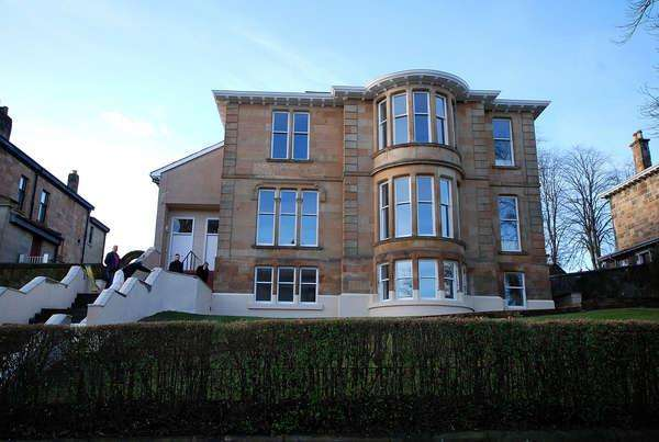 2 Bedrooms Flat for sale in 163C Nithsdale Road, Glasgow, G41 5QS