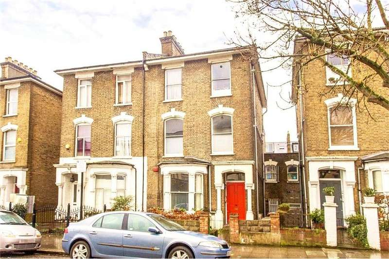 2 Bedrooms Flat for sale in Wilberforce Road, London, N4