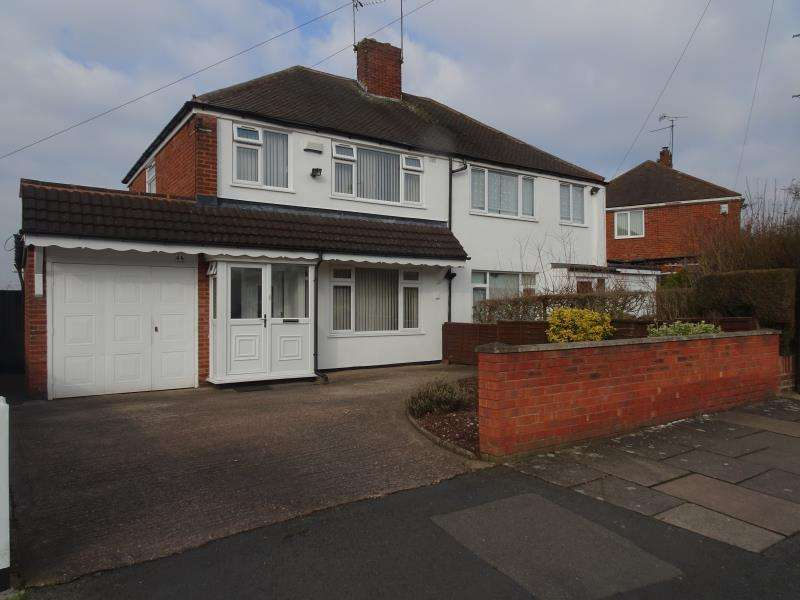 3 Bedrooms Semi Detached House for rent in Green Lane, Great Barr, Birmingham, B43 5LE