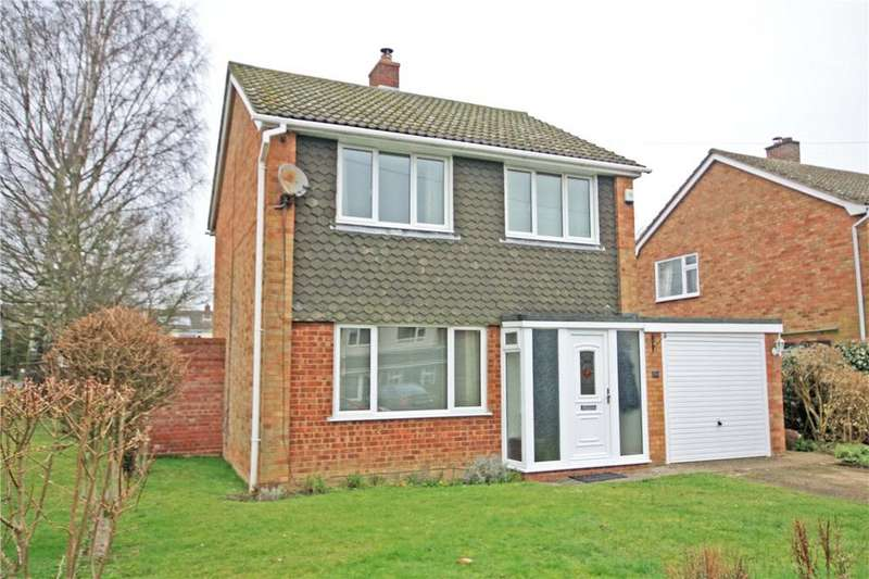 3 Bedrooms Detached House for sale in Bakers Close, Comberton, Cambridge, CB23