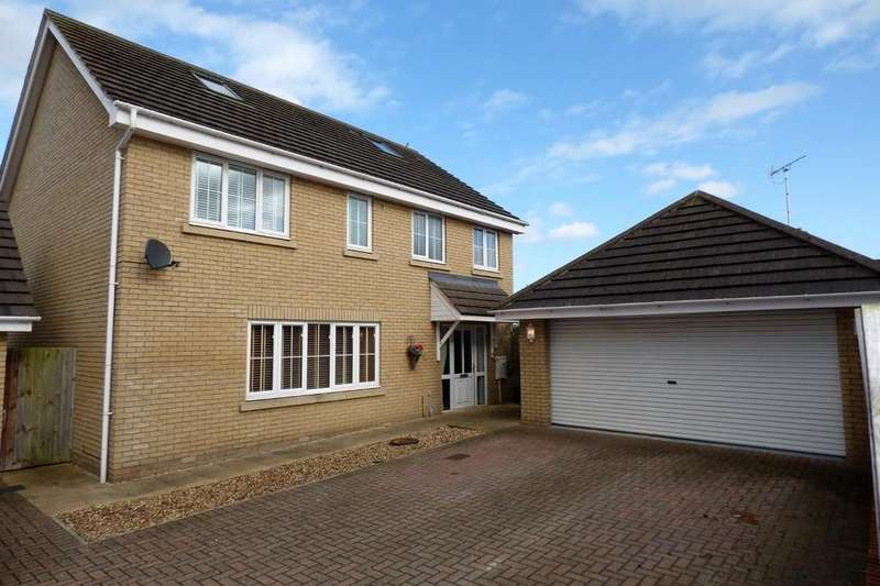 4 Bedrooms Detached House for rent in Saxon Gate, Holywell Row