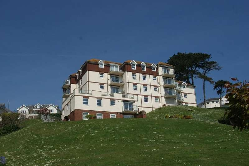 2 Bedrooms Apartment Flat for sale in Seaborne Court | Roundham | Paignton