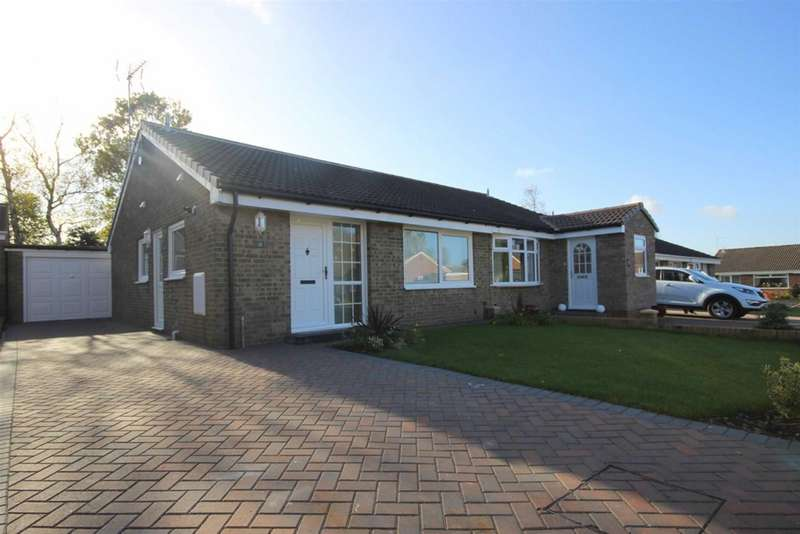2 Bedrooms Semi Detached Bungalow for sale in Oakfield Crescent, Bowburn, Durham