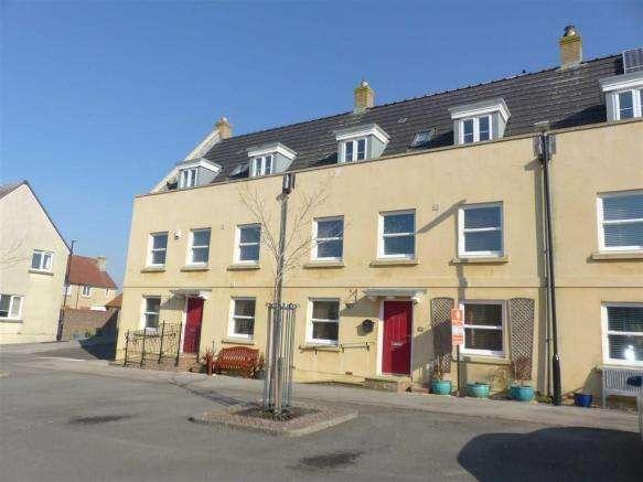 4 Bedrooms Property for sale in School Drive, Dorchester, Dorset