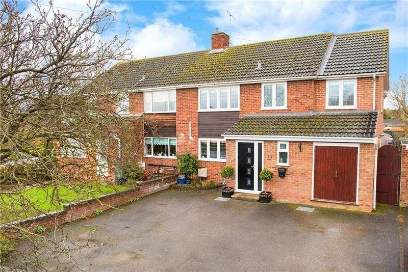 4 Bedrooms Semi Detached House for sale in Welbeck Avenue, Aylesbury, Buckinghamshire