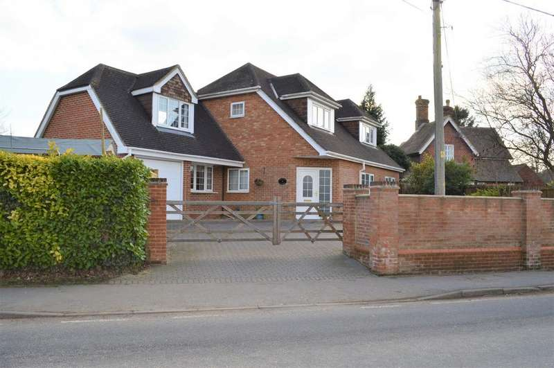 4 Bedrooms Detached House for sale in The Street