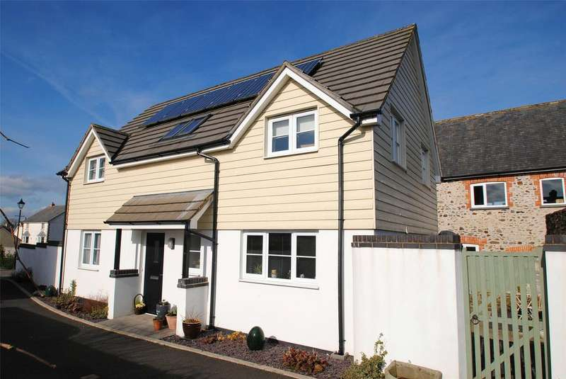 4 Bedrooms Detached House for sale in Grenville Close, South Molton