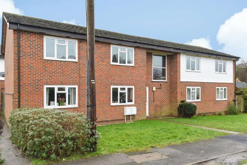 2 Bedrooms Apartment Flat for rent in Brays Meadow, Hyde Heath, HP6