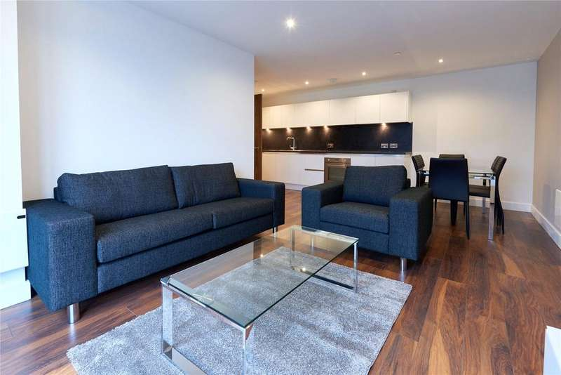 3 Bedrooms Flat for rent in Greengate, Salford, Greater Manchester, M3