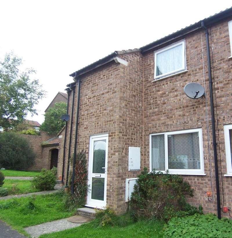 2 Bedrooms Terraced House for rent in Treefield Walk, Barnstaple