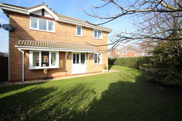 4 Bedrooms Detached House for sale in Stork Close, Thornton-Cleveleys, Lancashire, FY5 3FB