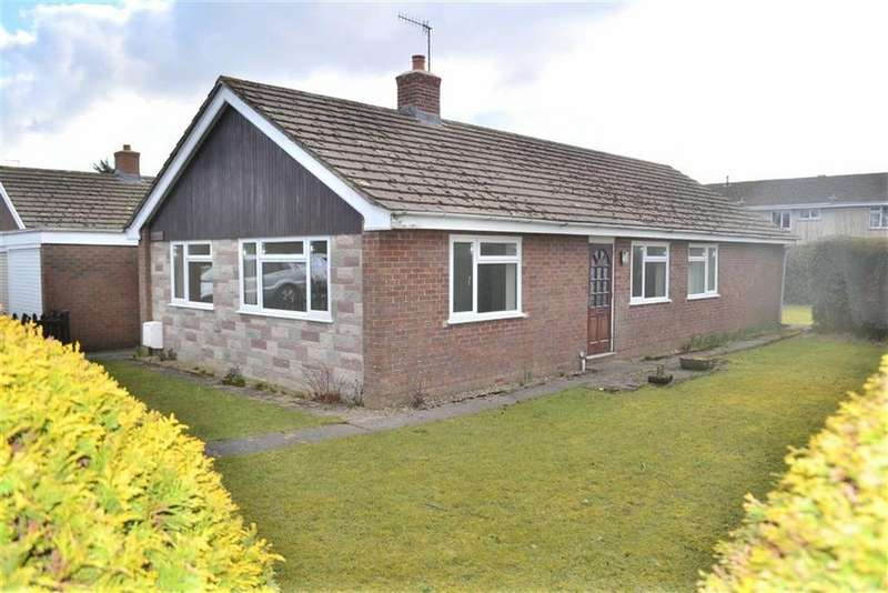 4 Bedrooms Detached Bungalow for rent in Minffordd, Hazlemere Estate, Rhayader, Powys, LD6