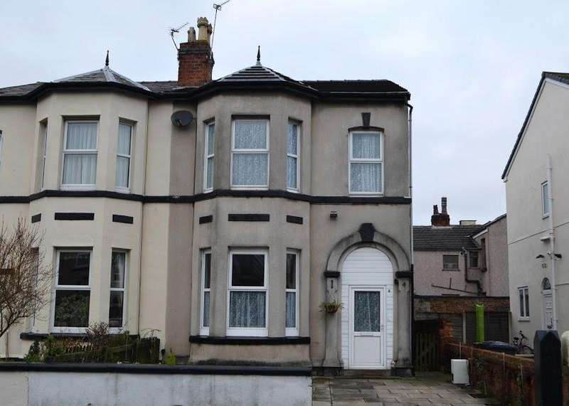 4 Bedrooms Semi Detached House for sale in Linaker Street, Southport, PR8 6RR