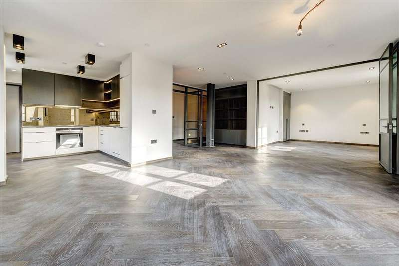 3 Bedrooms Apartment Flat for sale in Poland Street, Soho, W1F