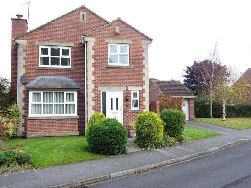3 Bedrooms Detached House for sale in Periwood Avenue, Millhouses, Sheffield S8