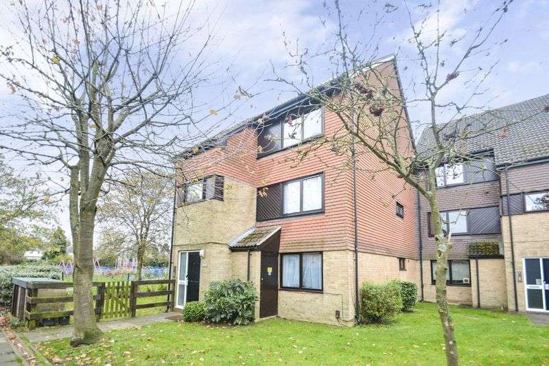 1 Bedroom Property for sale in Peerless Drive, Uxbridge
