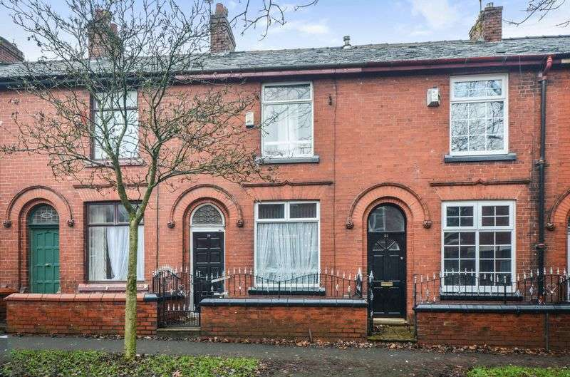 2 Bedrooms Property for sale in Gordon Avenue, Oldham