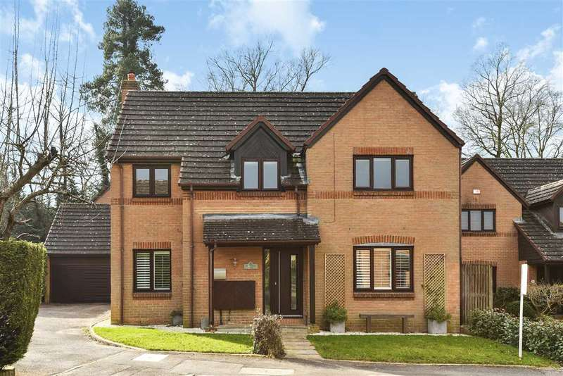 4 Bedrooms Detached House for sale in St. Andrews Close, Heathlake Park, Crowthorne