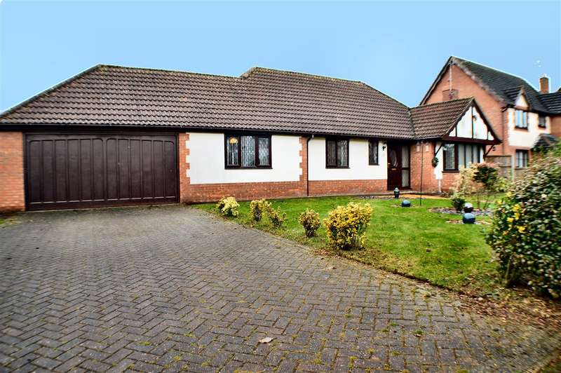 3 Bedrooms Bungalow for sale in Lambourne Way, Heckington