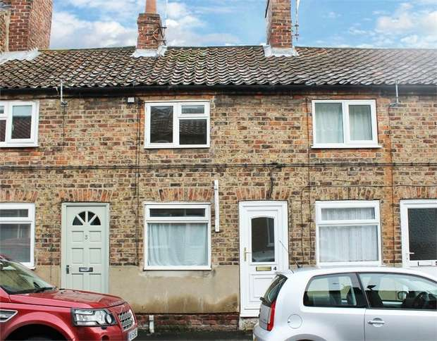 2 Bedrooms Terraced House for sale in Westgate, Driffield, East Riding of Yorkshire