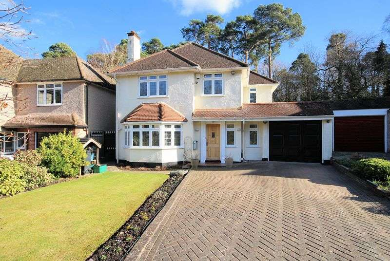 4 Bedrooms Property for sale in Pinewood Close, Shirley