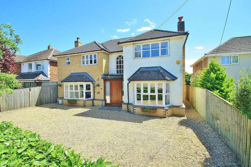 4 Bedrooms Property for sale in Watlington Road, Benson, Wallingford
