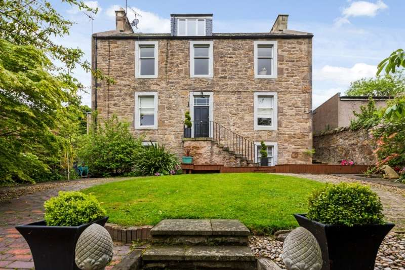 4 Bedrooms Duplex Flat for sale in Polton Road, Lasswade, Midlothian, EH18 1AA