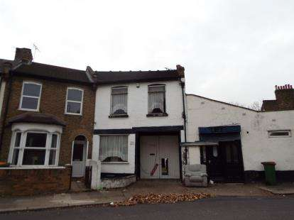 4 Bedrooms End Of Terrace House for sale in Plaistow, London, England