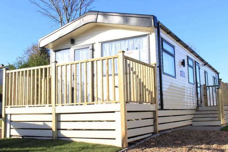 2 Bedrooms Park Home Mobile Home for sale in Pool Brow Caravan Park, Pool Foot Lane, Poulton-Le-Fylde, Lancashire, FY6 8LY