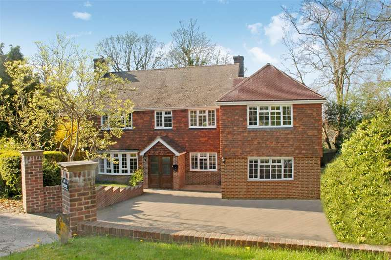 5 Bedrooms Detached House for rent in The Ridings, Newick
