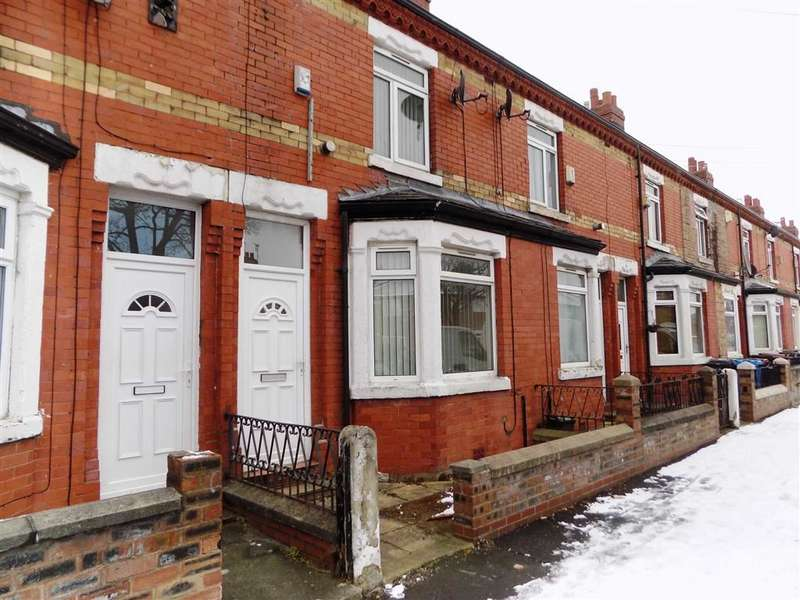 2 Bedrooms Terraced House for sale in Thomson Road, Manchester