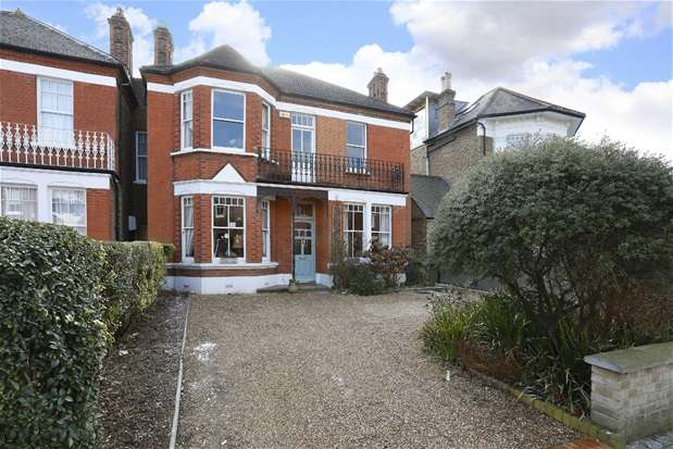 5 Bedrooms Semi Detached House for sale in Idmiston Road, London