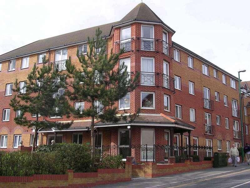 2 Bedrooms Flat for sale in Viscount Court