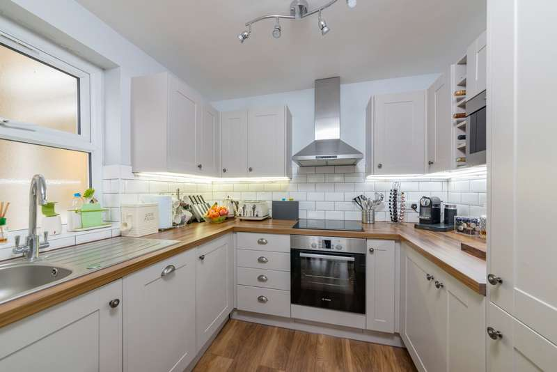 1 Bedroom Apartment Flat for sale in Rectory Road Beckenham BR3