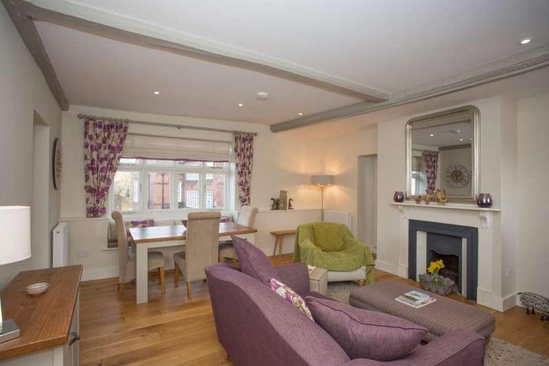2 Bedrooms Maisonette Flat for sale in Station Road, Holt, Norfolk