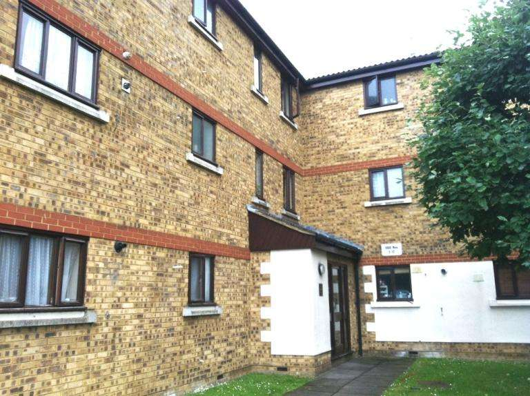 3 Bedrooms Flat for sale in Birchwood close , Morden SM4