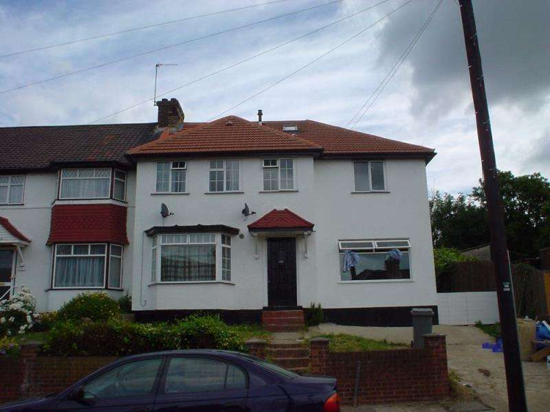 1 Bedroom Flat for sale in Tokyngton Avenue, Wembley, Middlesex