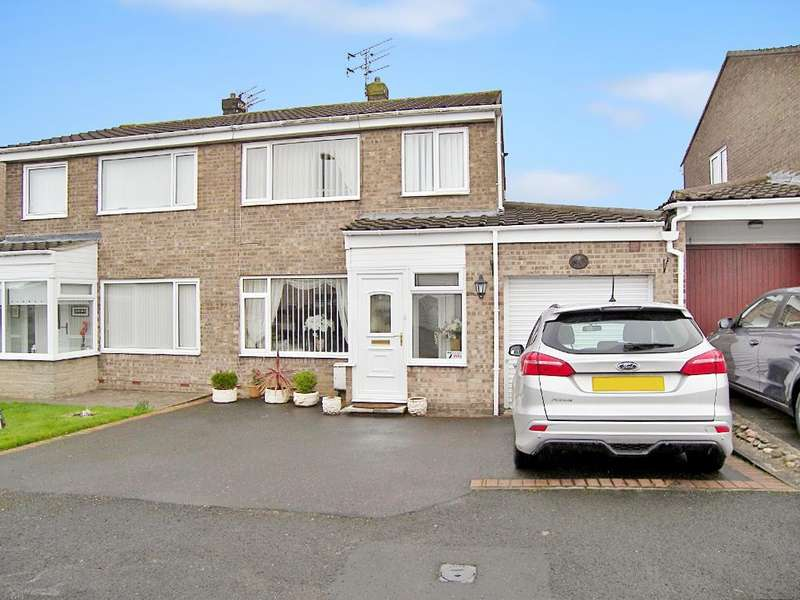 3 Bedrooms Semi Detached House for sale in Chevington Close, Pegswood, Morpeth