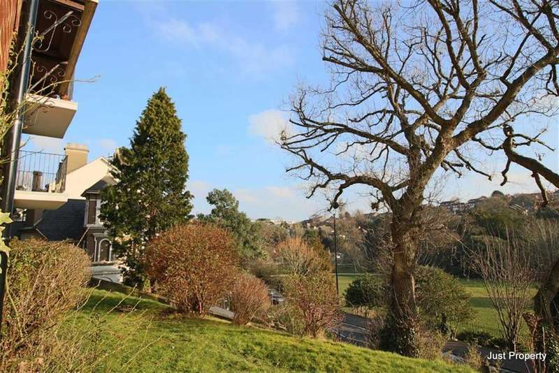 1 Bedroom Apartment Flat for sale in St Helens Crescent, Hastings