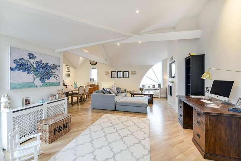 2 Bedrooms Terraced House for sale in Lavender Walk, Battersea