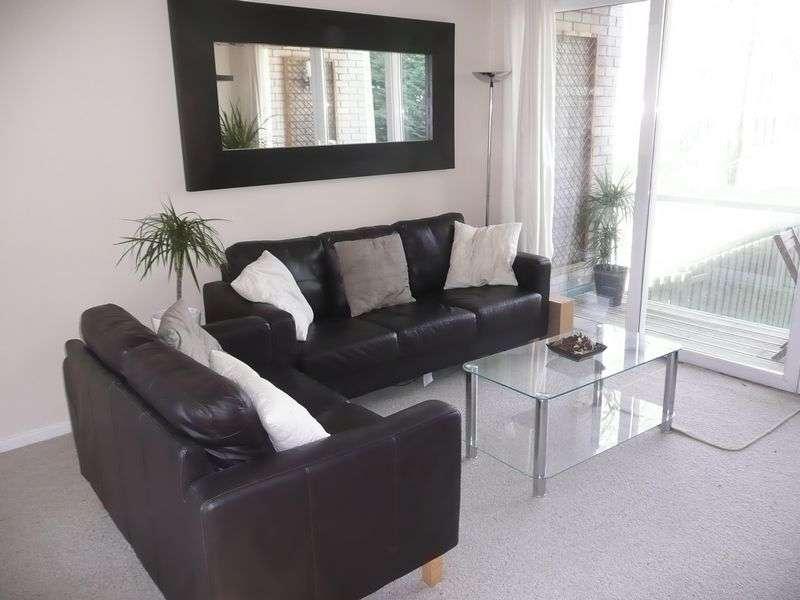 2 Bedrooms Property for sale in Cogan Court,Windsor Road, Penarth